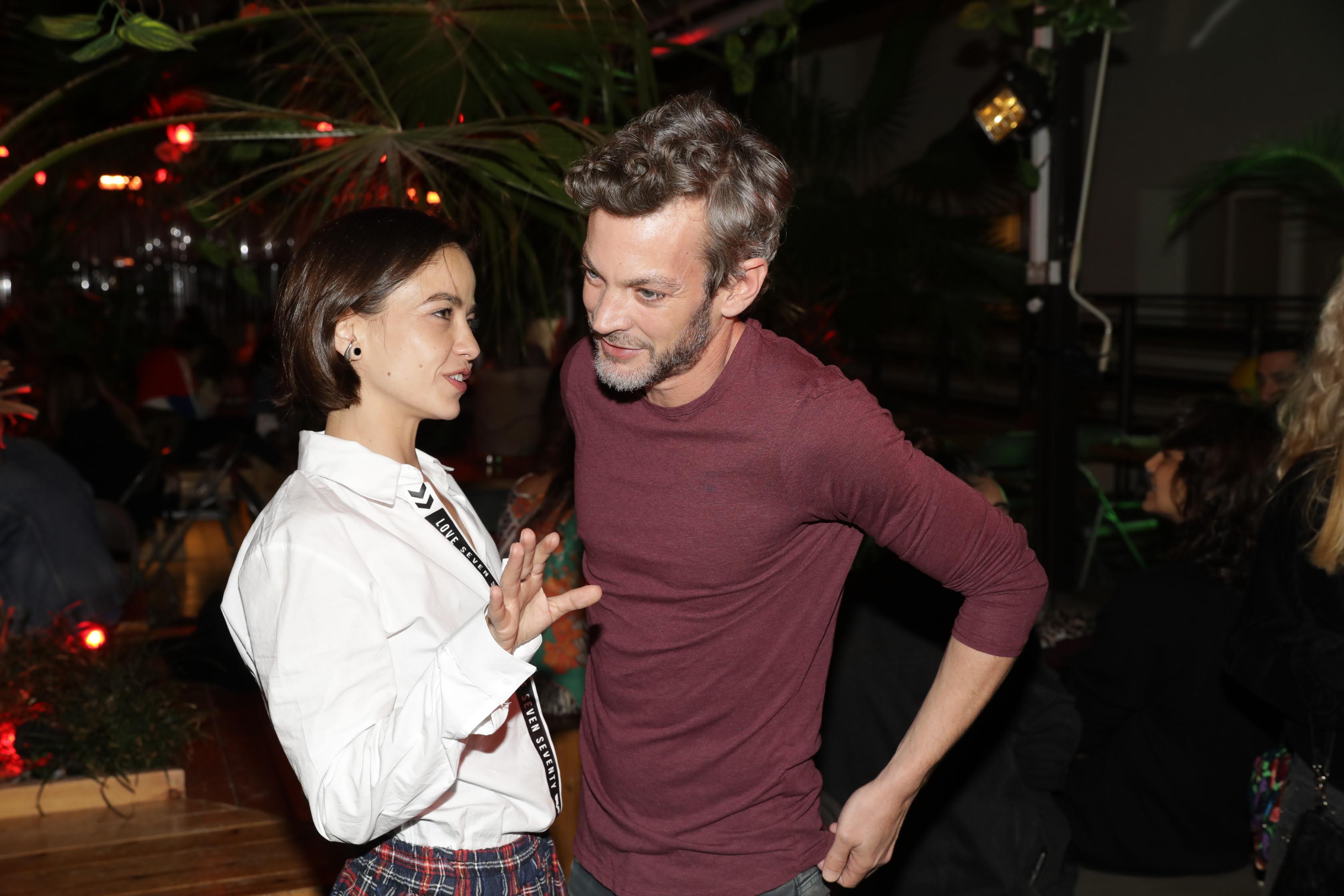 בת חן סבג ומוקי באירוע הסיום של צילומי העונה השלישית של מטומטמת